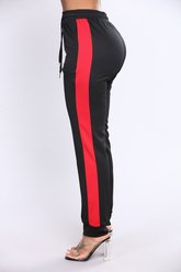 Jogging Ridin Shotgun Stripe - Noir / Rouge - Fashion Nova